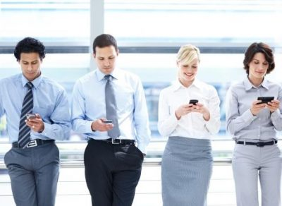 Key 2018 Goal: Effective Employee Mobile Communication